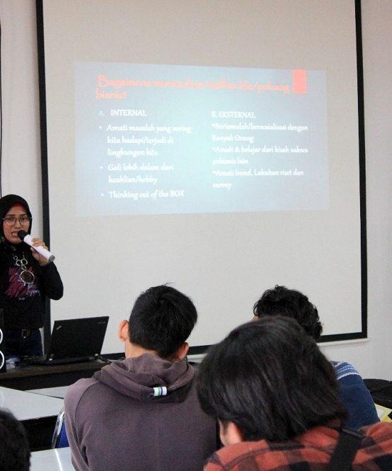 Beri Materi Lebih, Matrikulasi Arsitektur Gandeng Alumni