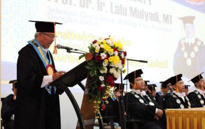 Profesor Dr.Ir. Lalu Mulyadi, MT angkat Arsitektur Kota Berkelanjutan Berbasis Kearifan Lokal